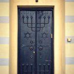 1. Porta della Sinagoga di Zenica (Bosnia-Herzegovina)